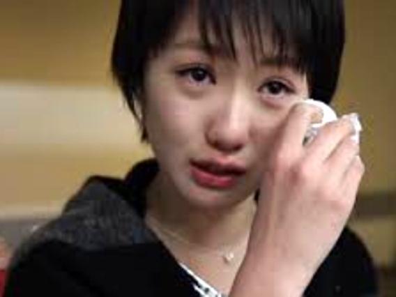 泣き顔+1